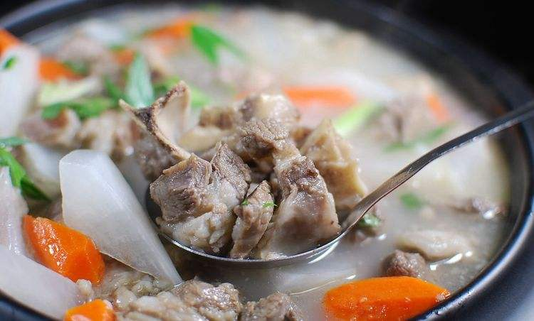 """炖羊肉,万万不可直接下锅炖!多加""""这一步"""",羊肉鲜香没膻味"""