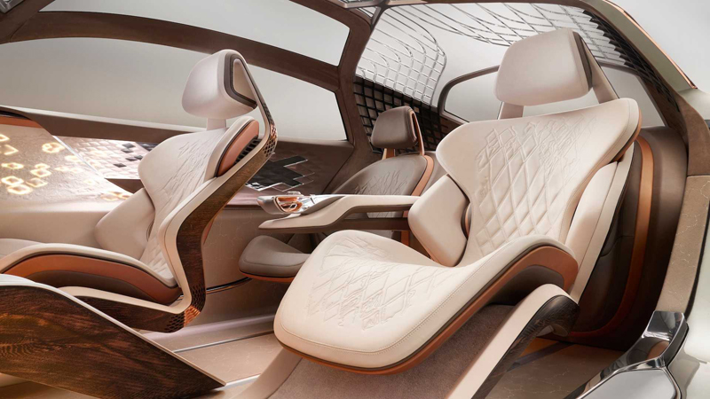 续航700公里/3座布局 宾利EXP 100 GT概念车官图发布