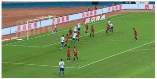 直击-莫伊塞斯助攻费莱尼破门 鲁能暂时1-0上港
