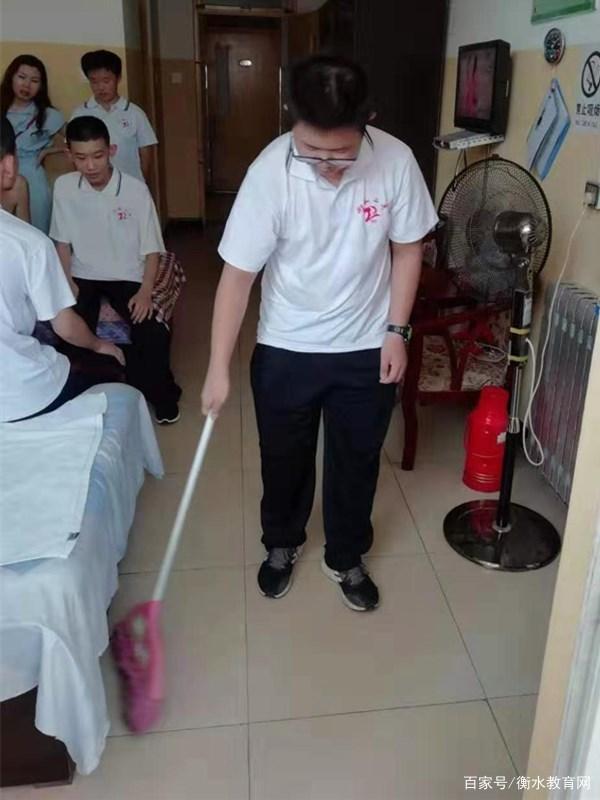 衡水市第二中学学生到民政局光荣院、老年公寓进行实践活动