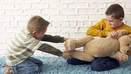 性格活泼=社交?孩子3岁前不培养社交能力,会为上幼儿园挖坑
