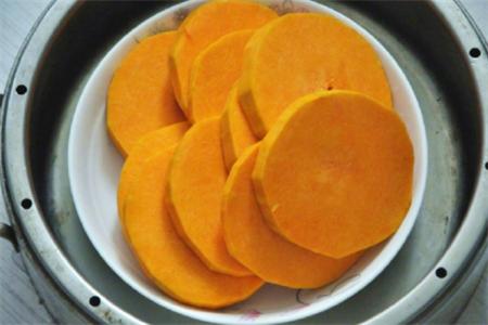 中秋节还早,月饼模具还能做南瓜糯米饼,有型有料,老少都爱