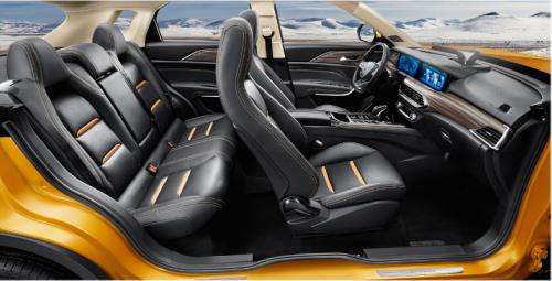 想买10万左右科技SUV!这款SUV 最配你