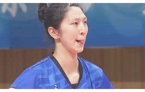 青运会:江苏女排遗憾丢冠,吴梦洁表现出色,未来望接班张常宁