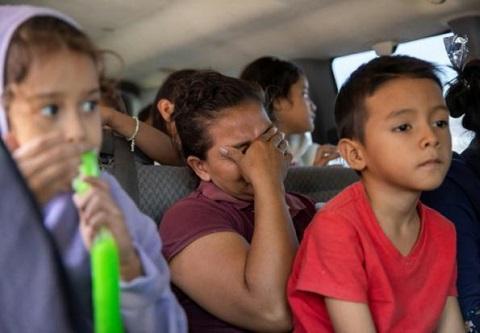 特朗普再对非法移民下狠手 非移儿童可被无限期扣押
