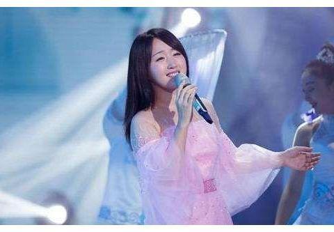 杨钰莹终释放多年的无奈发声,如果当初不拒绝,我早该是孩子的妈