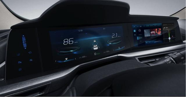 谁说遥控汽车是小孩玩的?CS75PLUS首发遥控泊车,简直太贴心了