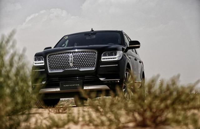 选百万级SUV看看它,沃德十佳内饰,零百仅6.13秒,109.8万起