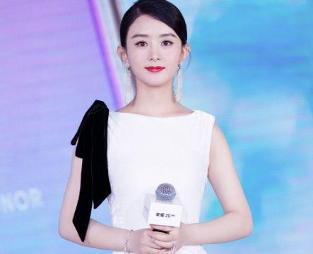 时隔一年多,赵丽颖首次公开现身,产后复出的身材惊艳网友!