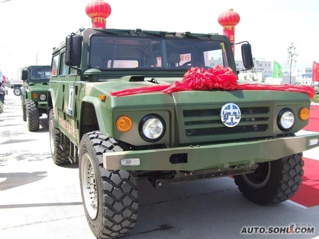 这几款国产军用越野车越看越霸气霸气!这才是真正的国家级越野车
