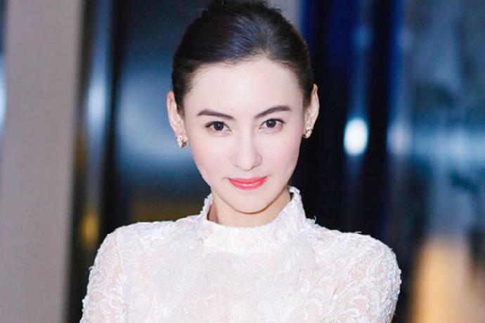 继王菲之后,张柏芝也秀恩爱,网友:颜值不输谢霆锋啊!