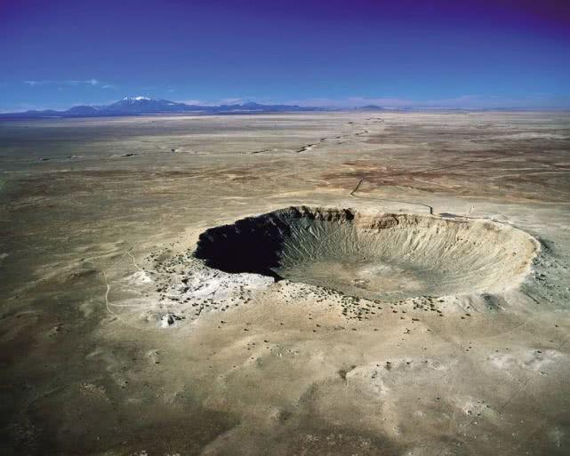 为什么陨石坑都是空的?陨石去哪儿了?