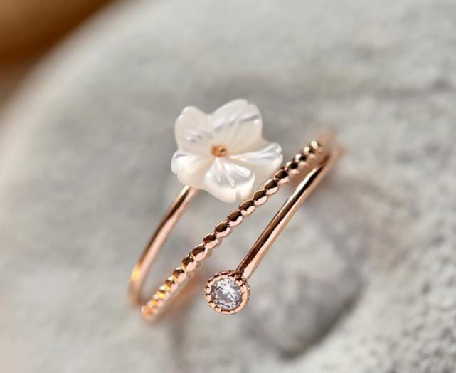 真爱测试:你最希望他拿着哪款戒指向你求婚?测他心里有多爱你