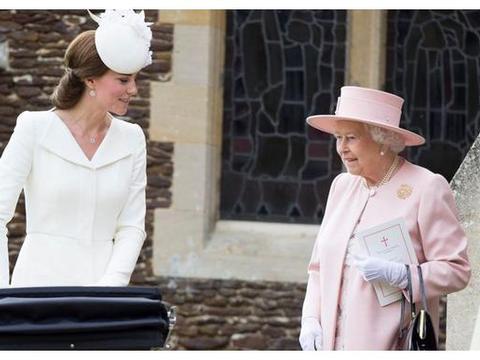 英女王狠批凯特王妃,给乔治小王子庆生,在海岛上豪华度假无节制