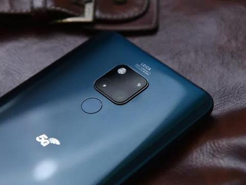 网友买华为5G手机,却收到了红米手机!网友反讽:购物体验真棒