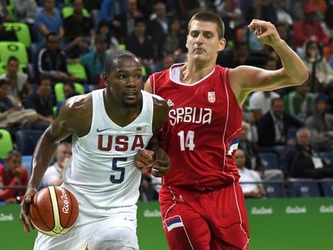 一夜突变!考辛斯被裁,美国队实力掉至第二,詹姆斯致敬传奇