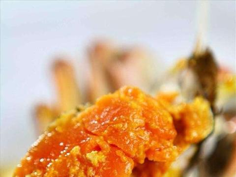 大闸蟹别再清蒸了,这才是最好吃的做法,一个人承包一盘