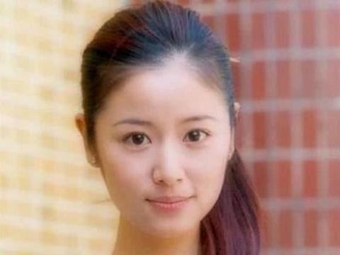 42岁的林心如遇见42岁的马伊琍,网友:不打针的脸看着就舒服