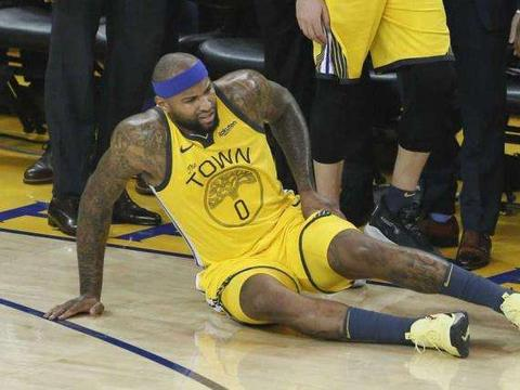 考神前途堪忧,湖人或裁掉他,NBA生涯遭遇最大危机