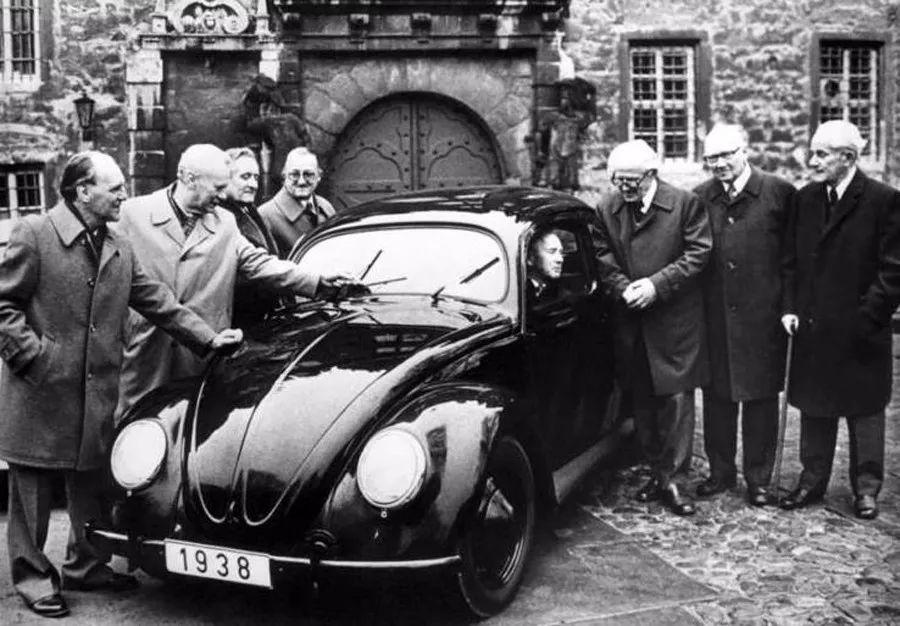 德系国民小车,在国内成贵妇专车,穷人不会买,网友:停产是对的