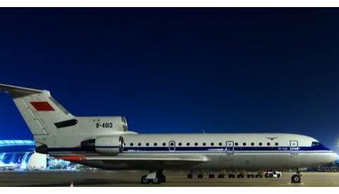 为中国服务廿四载:身披五星红旗的雅克客机,记雅克42客机在中国