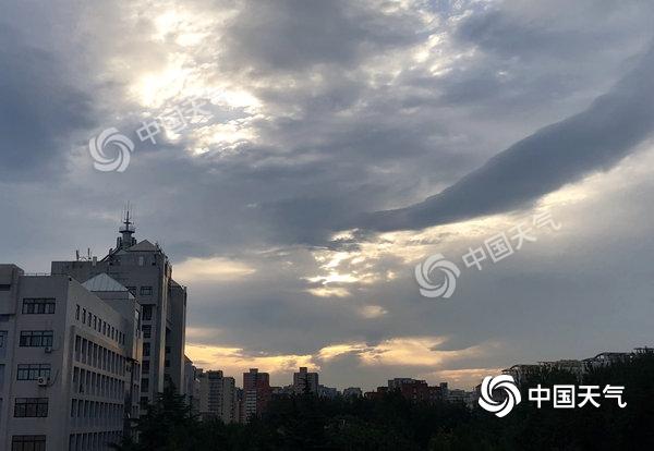 未来三天北京晴空当道 最高气温30℃上下|北京