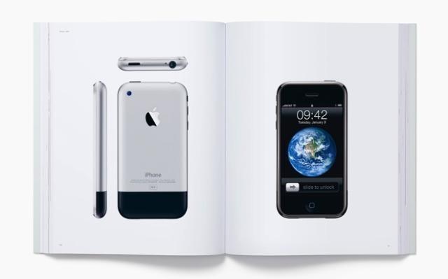"""苹果美国在线商店下架""""由苹果在加州设计""""一书"""