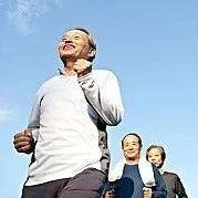 聚焦 新规!60岁以上老人在深圳可享免费公交地铁等8项福利,快告诉爸妈吧!