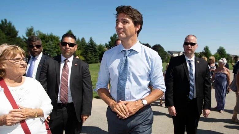 加拿大总理二度违反利益冲突法,十月大选投党还是选人?