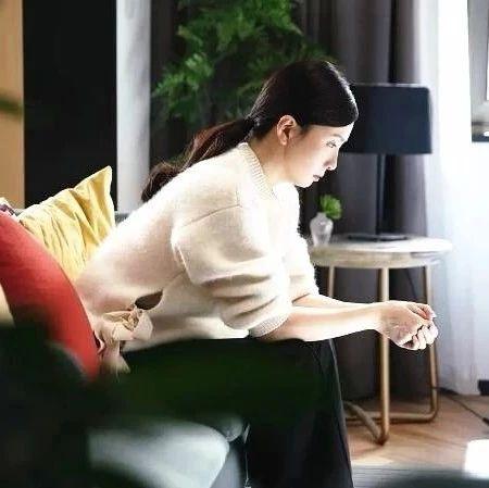 """47岁陶虹崩溃大哭扇女儿巴掌:""""你压力大,我压力不大呀?"""""""