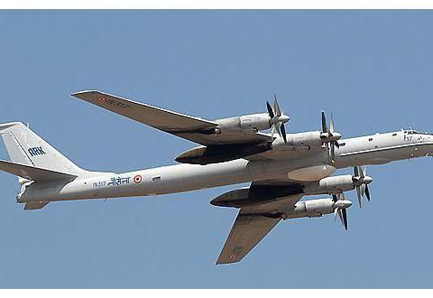 俄4架轰炸机编队前往叙利亚,美服软声称不希望与俄碰撞