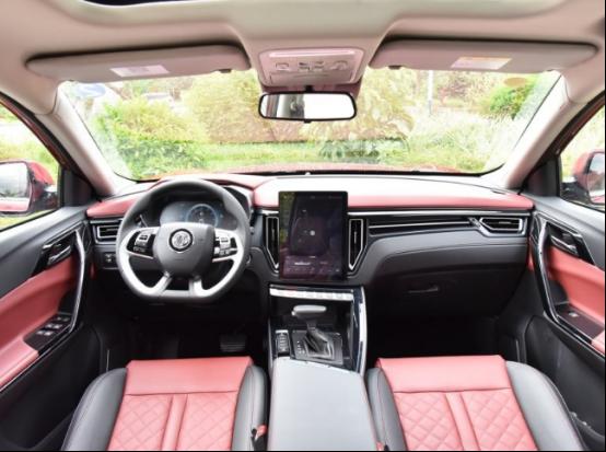 新款风行T5/T5L上市,共推出八款车型,起售价6.99万起