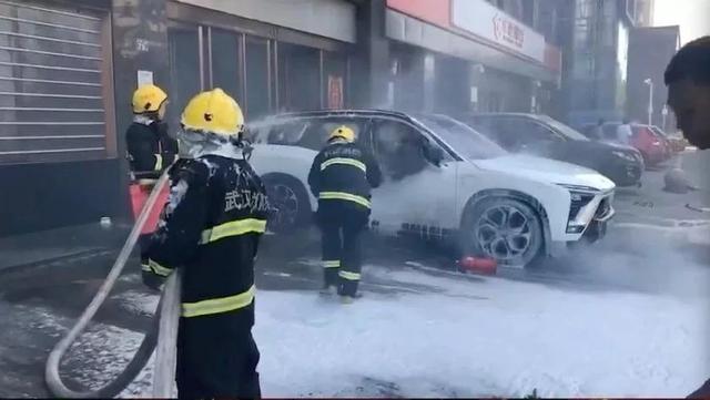 郑显聪正式离任,2019年是中国电动车行业灾难的开端