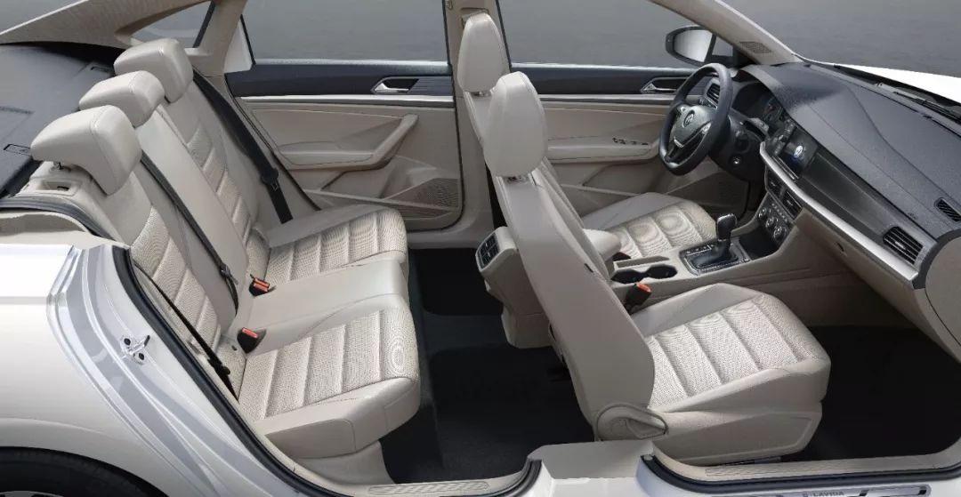 补贴后售价14.89万元 上汽大众首款纯电动车朗逸纯电上市