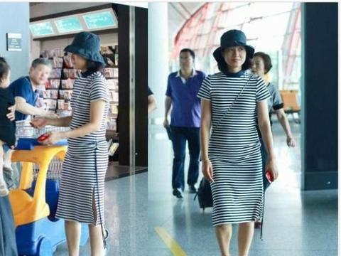 朱丹现身机场小腹隆起疑似怀孕,粉丝不送祝福还称朱丹爱的卑微