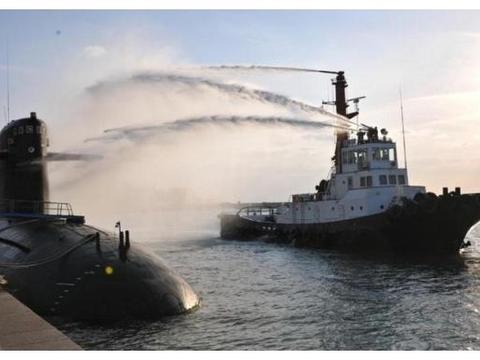 10年攻破世界性难题!中国潜艇拿下关键技术,095或比肩美国
