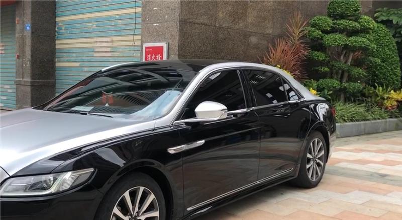 """比宝马5系长,车价仅36万,马力达261匹,还配""""双拼色""""漆面"""