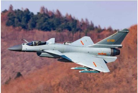 歼-10C对决F-16V同是三代半战机谁能更胜一筹