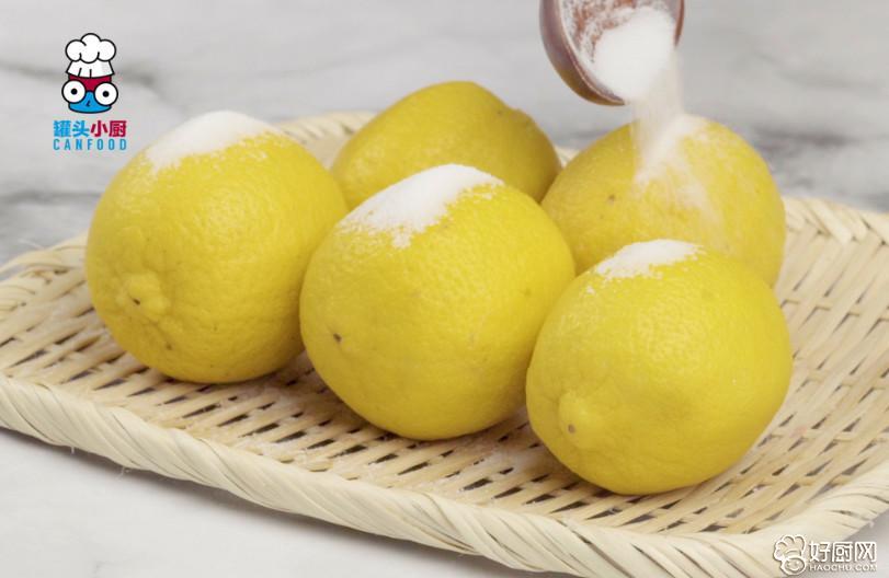这一杯好喝的柠檬蜂蜜水,助你摆脱你的超级大肚子!