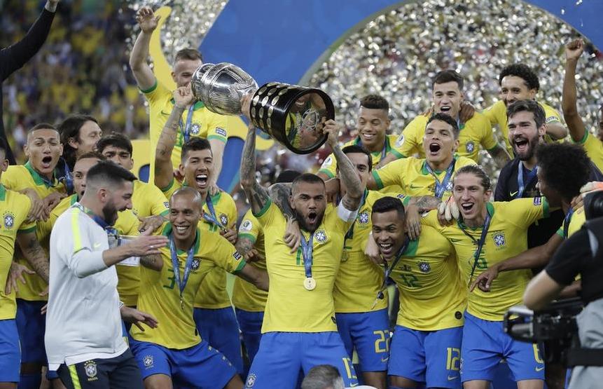 巴西时隔12年再夺美洲杯 本土登顶扫1-7惨败阴霾_桑巴