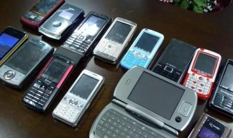 雷军:小米消灭了山寨手机!网友:华强北和拼多多怎么说?