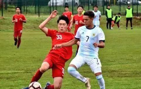 好消息!中国男足2比1战胜热刺!未来进军世界杯可期