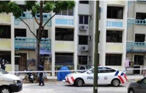 新加坡老人晾衣服不慎摔倒身亡