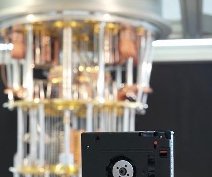 未雨绸缪:IBM携手NIST推行量子数据安全标准化工作