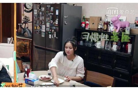 婆婆插手儿子婚姻,张歆艺被要求在家带娃,袁弘当众发火霸气护妻