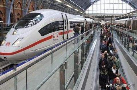 坐惯本国高铁的德国富豪,刚进中国高铁站直呼:真不是发达国家?