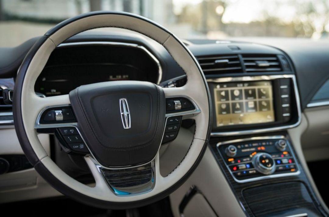 实锤!这款总统座驾即将停产,竟是为福特纯电动车让路?|聚闻