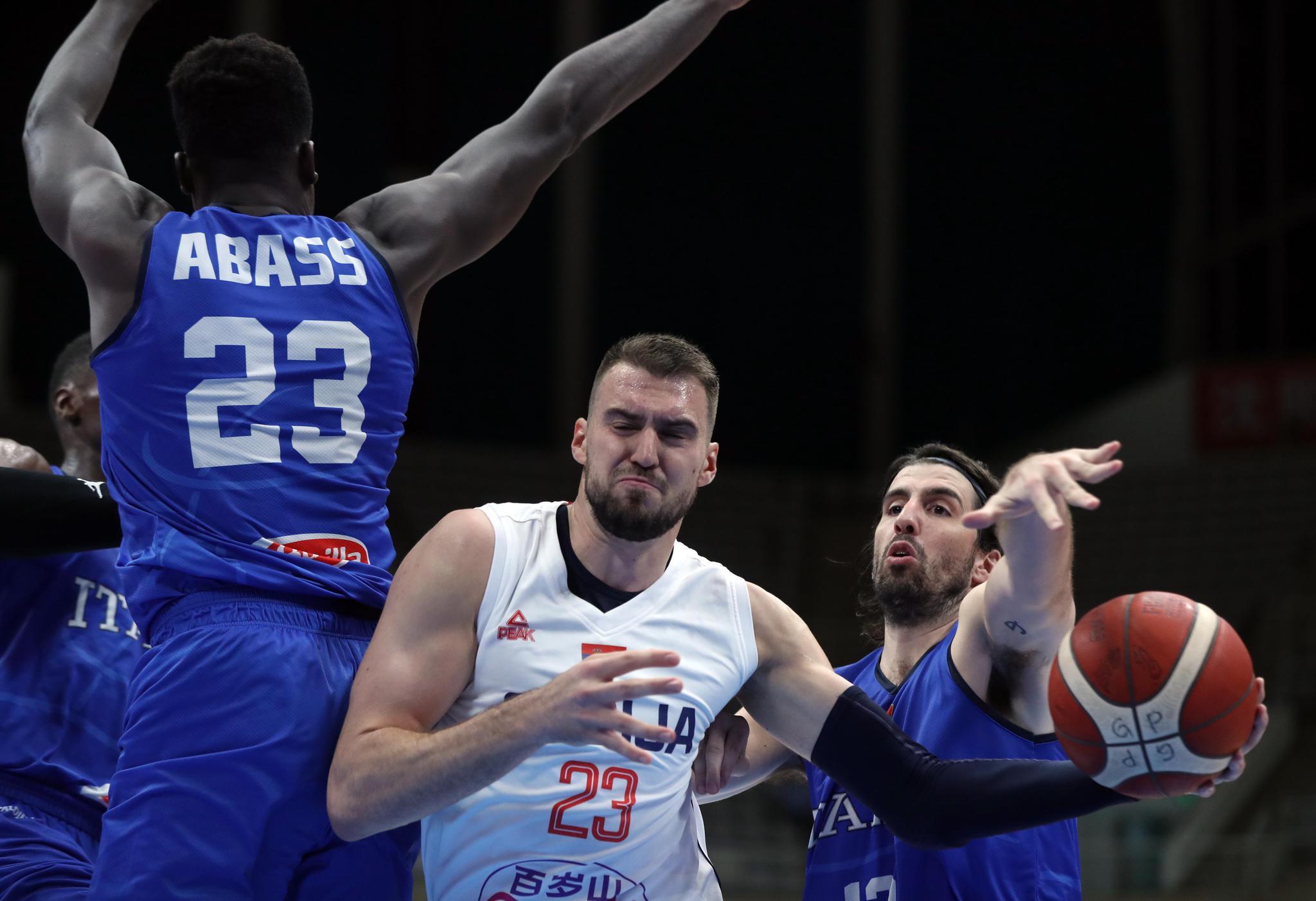 拒绝逆转 塞尔维亚男篮热身赛战胜意大利