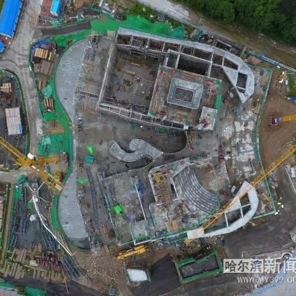亚布力企业家论坛永久会址主体完工丨钢桁架最大跨度30米,蝴蝶造型很快就能显现
