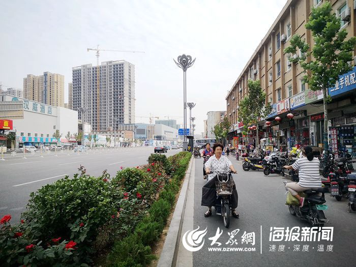 菏泽交警对非机动车违法说NO 多起电车逆行闯红灯被查处